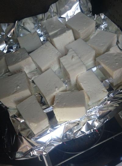 豆腐の燻製_燻製中成